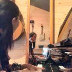 朝から窓を開けてピアノ♪